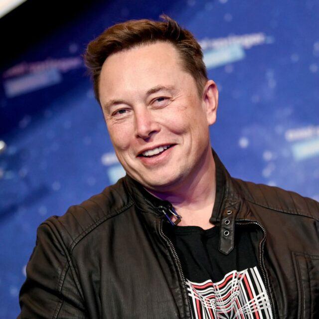 Bitcoin : Elon Musk attaqué dans une vidéo revendiquée par les Anonymous